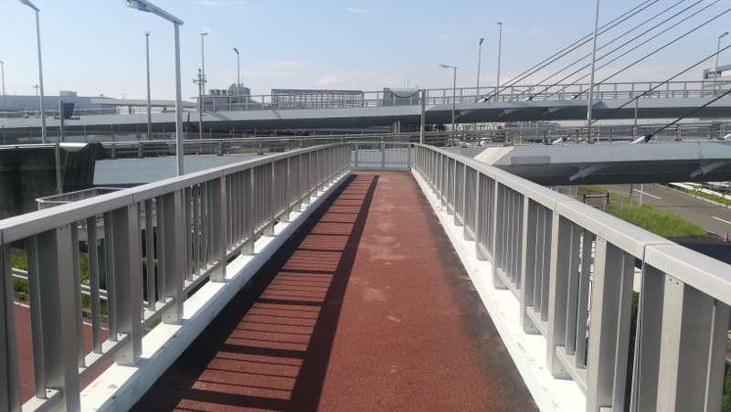 東京国際空港庁舎前歩道橋1