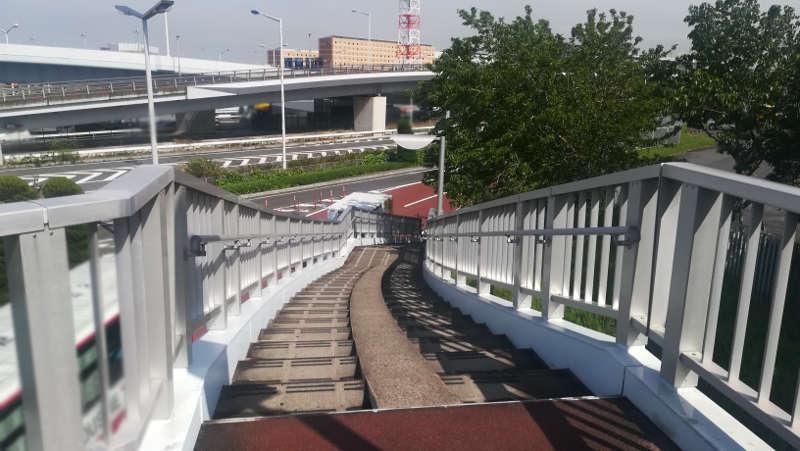 東京国際空港庁舎前歩道橋5