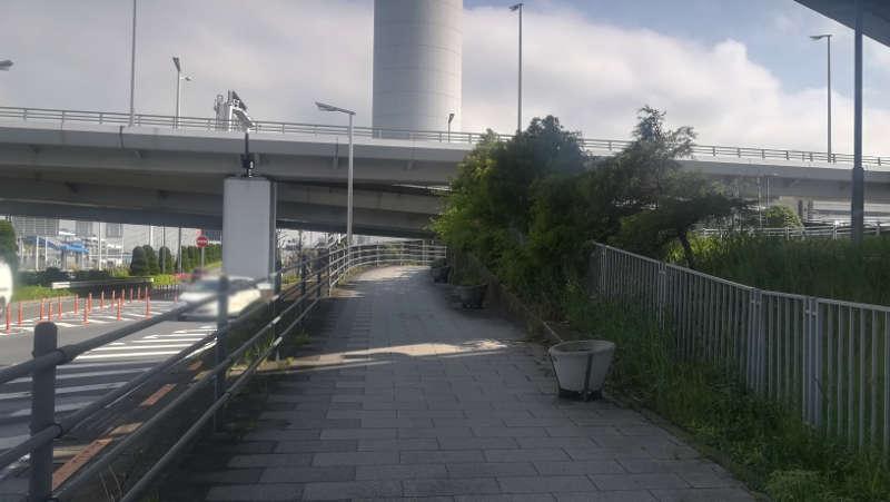 東京国際空港庁舎前歩道10