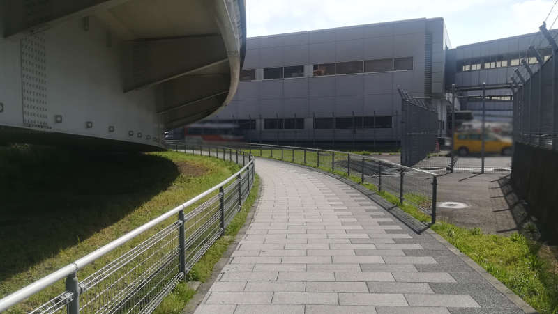 東京国際空港庁舎脇歩道5