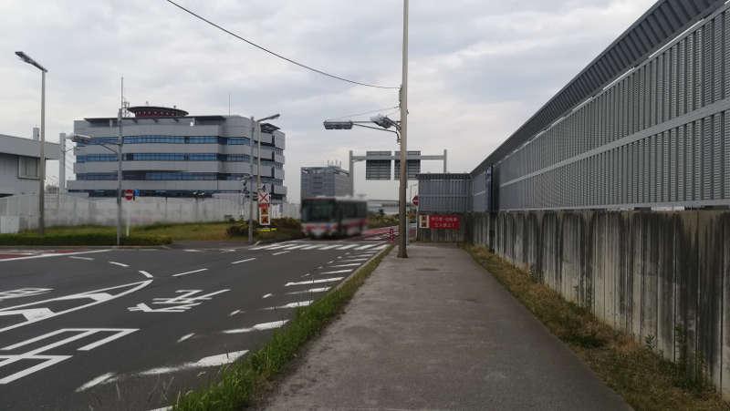 羽田空港 第2旅客ターミナル北ピア前歩道