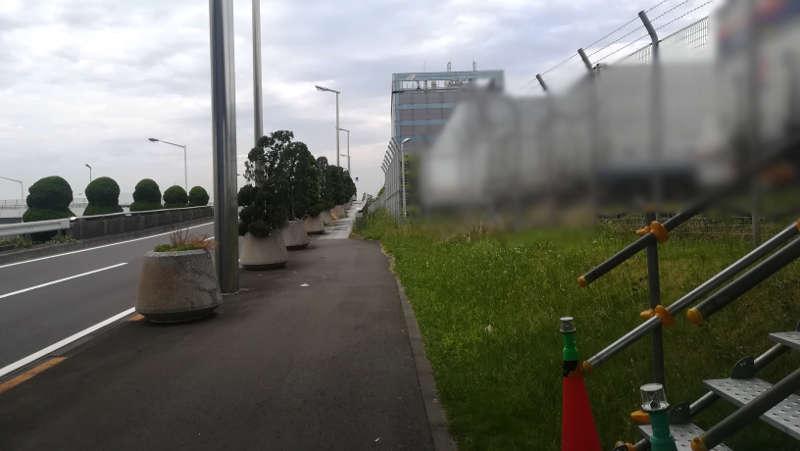 羽田空港 東貨物ターミナル前歩道2